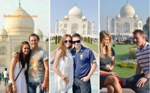 Foreign cricketers at the Taj Mahal