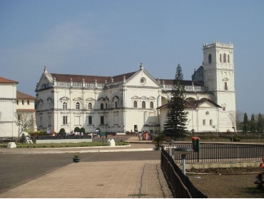 Se Cathedral, old goa, Singham