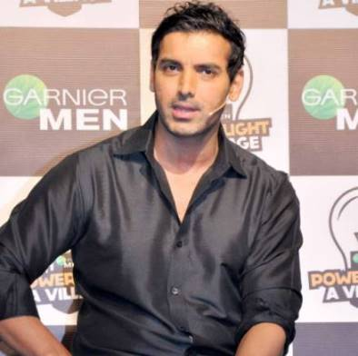 John Abraham Lends Support To Solar Electricity Project for Villages