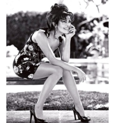 priyanka chopra as GUESS model