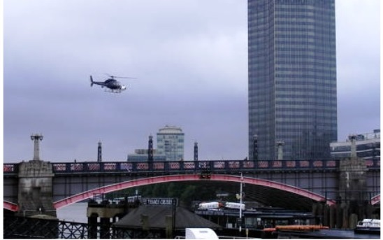 Ra.One shooting on Lambeth Bridge (London, England)