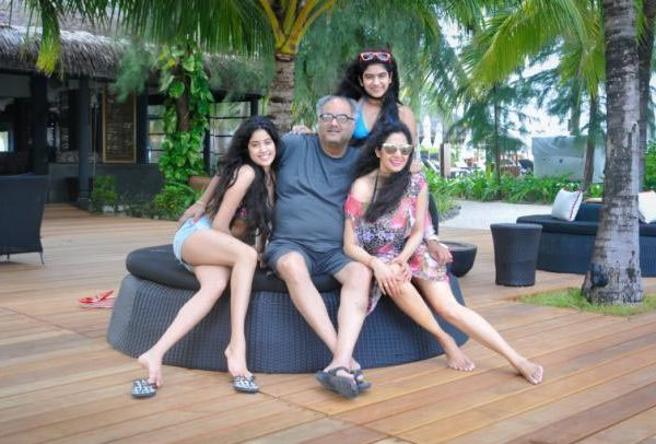 Sridevi holidays with family in Maldives