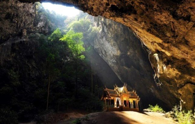 top things to do in Thailand - phraya-nakhon