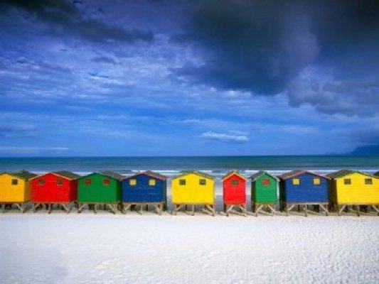 south-africa-cape-town-muizenberg-beach