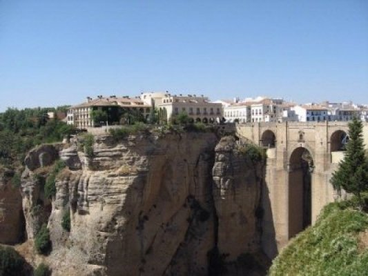spain-andalusia-ronda-bridge
